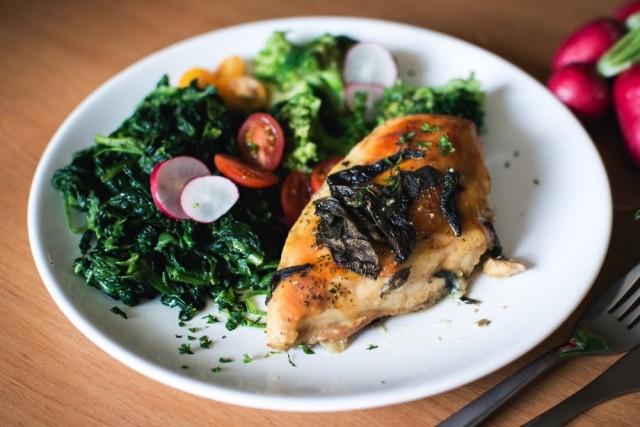 chicken-breast-sage-spinach